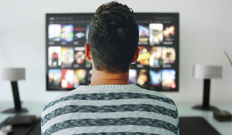 15 Binge-Worthy Real Estate Shows To Watch in 2021